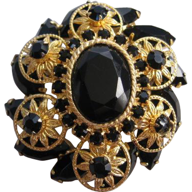 Vintage Black Glass and Gold tone Flower Pin-Brooch