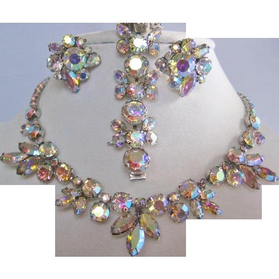Vintage Weiss Clear-Aurora Rhinestone Parure Set