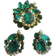 Vintage Juliana Emerald Green Pin and Earrings Set