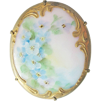 Vintage Victorian Porcelain Hand Painted Pin Brooch