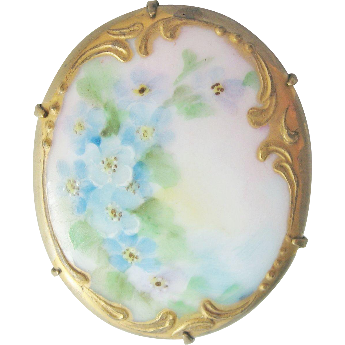 Vintage Victorian Porcelain Hand Painted Pin Brooch From