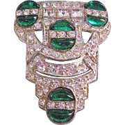 Vintage Art Deco Clear and Emerald Color Rhinestone Fur Clip