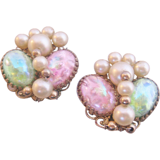 Vintage Napier Art Glass and Simulated Pearl Earrings