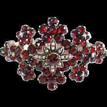Vintage Antique Victorian Bohemian Pyrope Garnet and Seed Pearl Bracelet