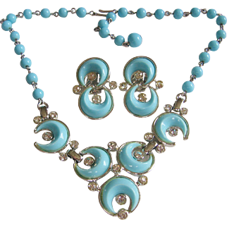Kramer Mid Century Thermoplastic Turquoise Moon Shape Necklace and Earrings Set