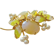 Vintage Yellow Art Glass and Faux Pearl Brooch-Pin
