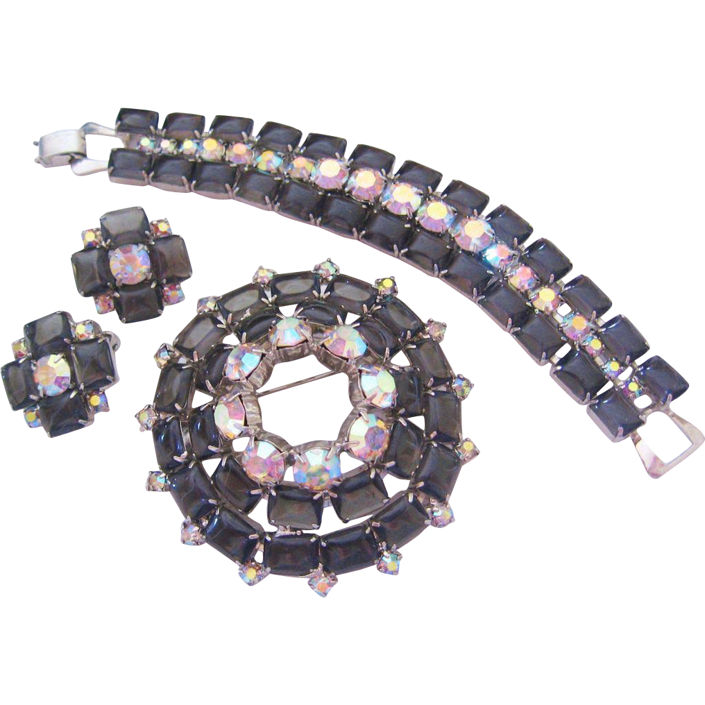 Vintage Black Open back and Aurora Rhinestone Parure-Set
