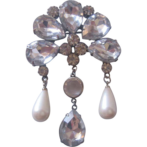 Vintage Rhinestone/Crystal and Simulated Drop Pearl Pin-Brooch