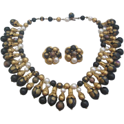 Vintage Statement Bib Goldtone-Black and Faux Pearl Necklace and Earring Set