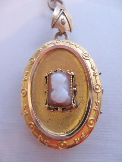 Vintage Victorian W S And B Gold Filled Shell Cameo Locket