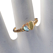 14k Gold Vintage Double Heart Insignia Ring, Size 4