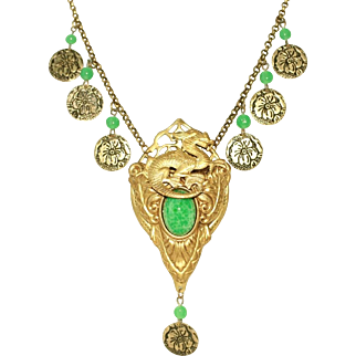 Green Peking Glass Vintage Dragon Motif Drop Necklace