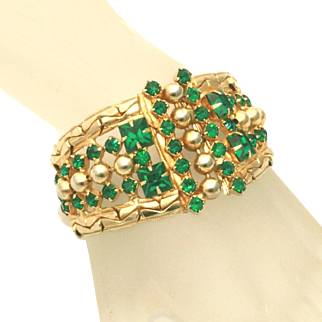 "Art Deco Extra Wide 1 ½"" Emerald Green Rhinestone Vintage Cuff Bracelet"