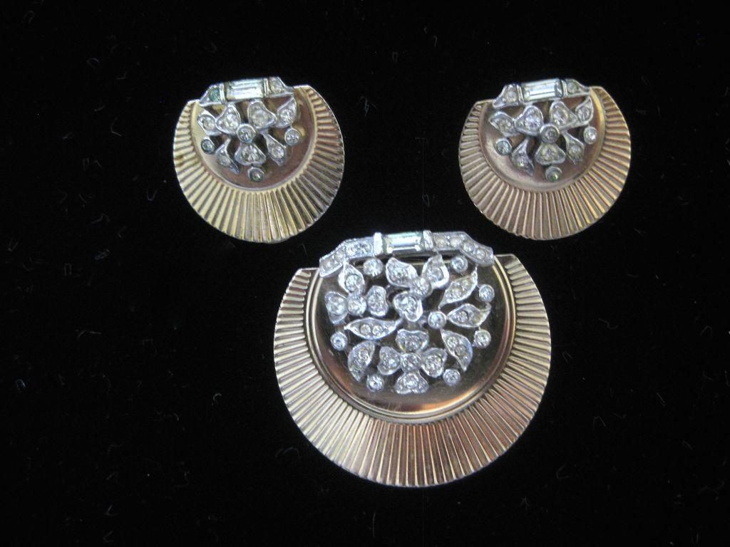 BOUCHER Stunning Rhinestone Floral Cluster Fur Clip & Earrings Set