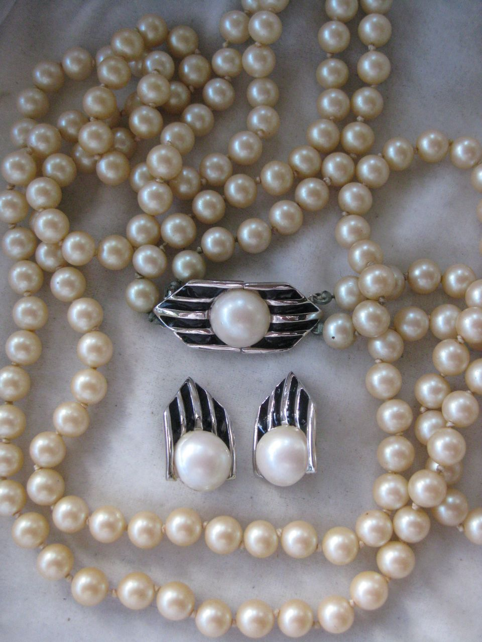 Vintage GIVENCHY Glass Pearls & Enamel Demi Parure