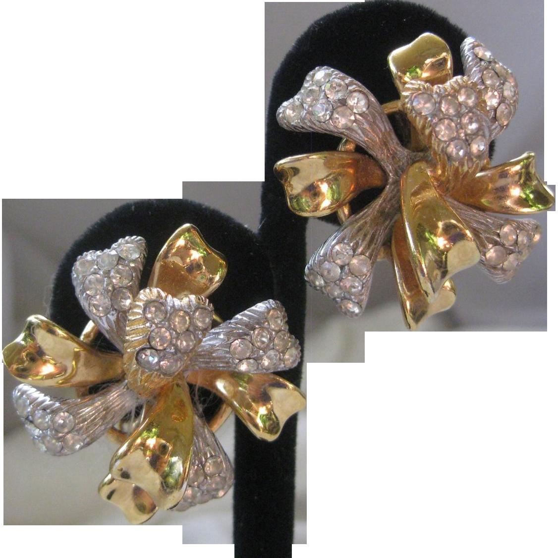 CINER Beautiful Vintage 3D Floral Rhinestone Earrings