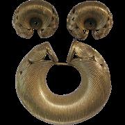 Vintage Ribbed Goldtone Pin / Pendant & Earrings Demi Parure