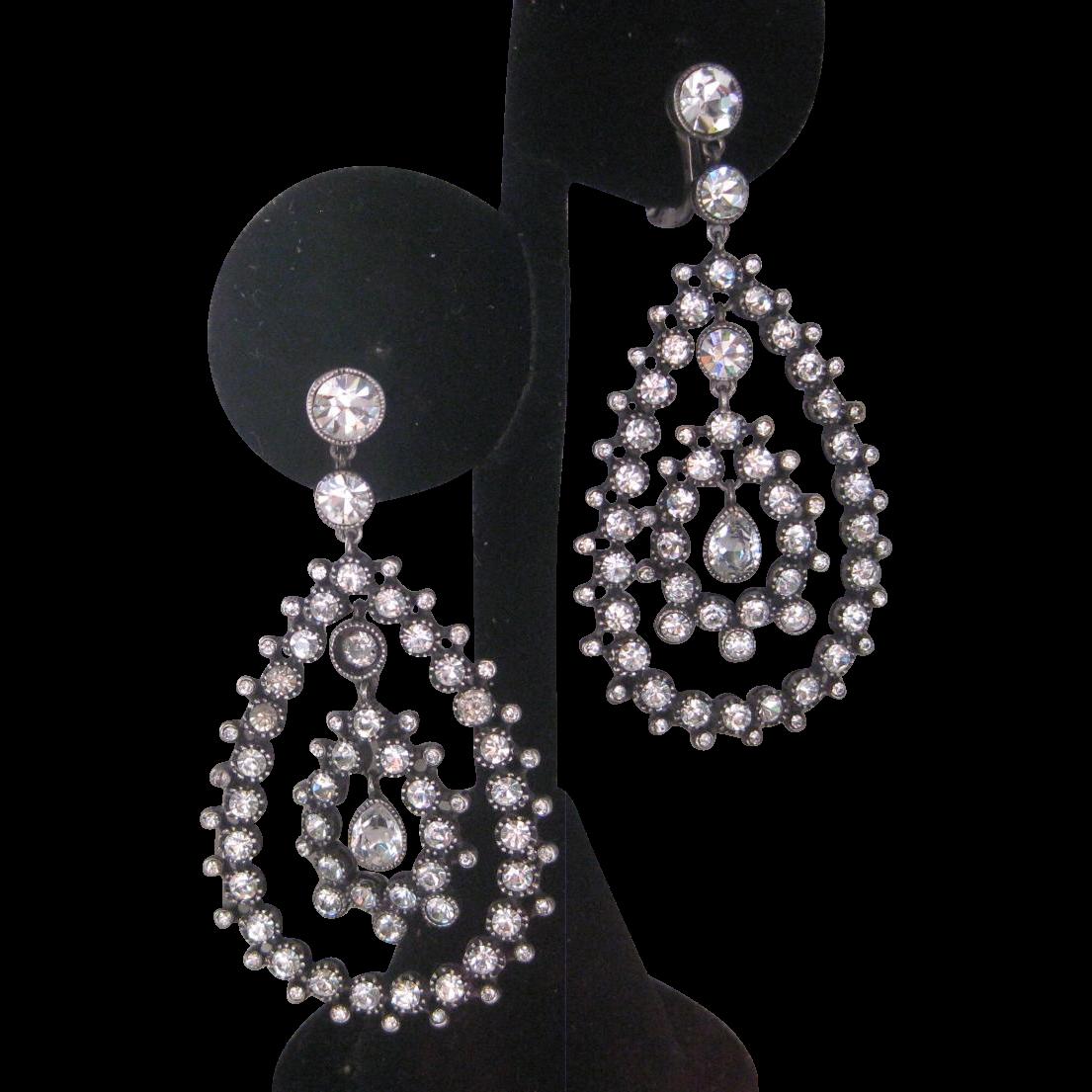 Beautiful French Paste Dangling Chandelier Vintage Earrings