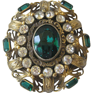Stunning Green Glass & Rhinestones Large Vintage Fur clip