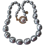 CHANEL 1981 Platinum Baroque Glass Pearls Necklace