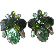 Beautiful Vintage Unsigned Regency Greens Earrings