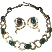 DAUPLAISE Emerald Green Glass & Heavy Goldtone Vintage Necklace Demi Parure