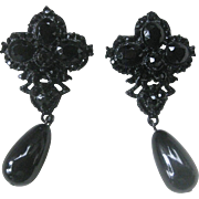 THELMA DEUTSCH Large Dangling Jet Black Glass Vintage Earrings