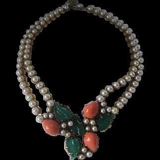 Beautiful Vintage Unsigned Trifari Pearls & Fruitsalad Necklace