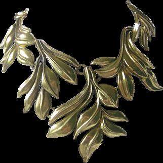 Oscar De La Renta Huge Leafy Design Gold Tone Necklace