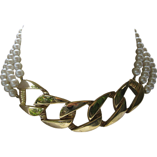 Vintage Givenchy Pearl & Gold Tone Heavy Chain Necklace