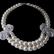 VALENTINO Stunning Rhinestone Bows & Pearls Necklace