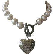 GIVENCHY Puffed Love Heart With Large Glass Pearls Vintage Necklace