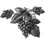 Napier Silver Tone Grapes Large Pin and Earring Set