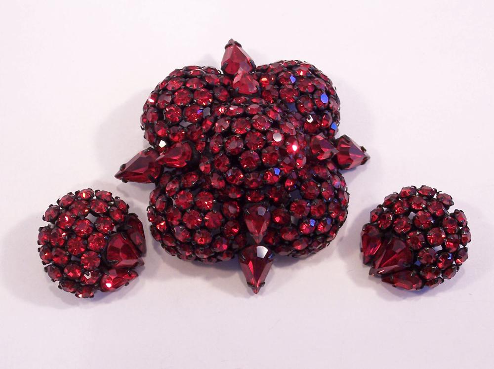 Rare Joseph Warner Red Japanned Brooch & Earrings Set