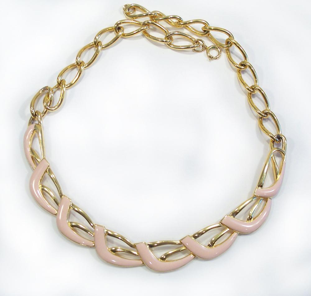 Vintage Soft Peach Enamel & Gold Tone Necklace