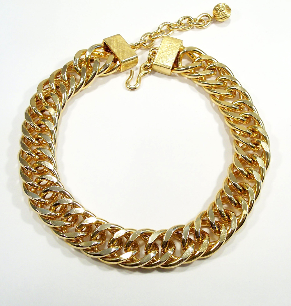 Vintage Chunky Gold Tone Link Choker Necklace