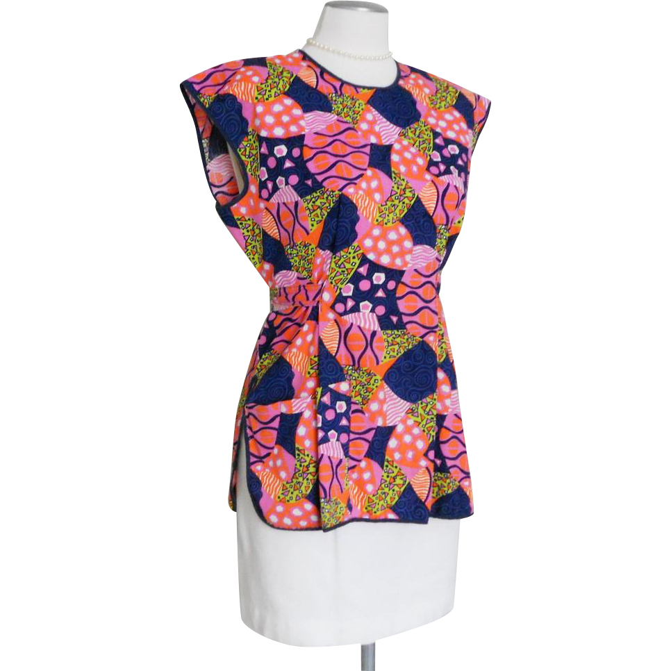 Vintage 1960s Bright Abstract and Geometric Shapes Print Full Apron