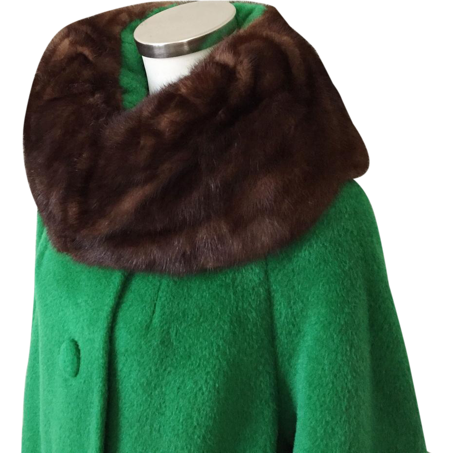 Vintage 1960s NOS New Old Stock Mohair and Wool Lilli Ann Swing Coat with Bell Sleeves and Ranch Mink Fur Collar M L