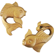 Vintage 1977 Miller Studios Pair of Matte Gold Fish Chalkware Chalk Ware Wall Hangings