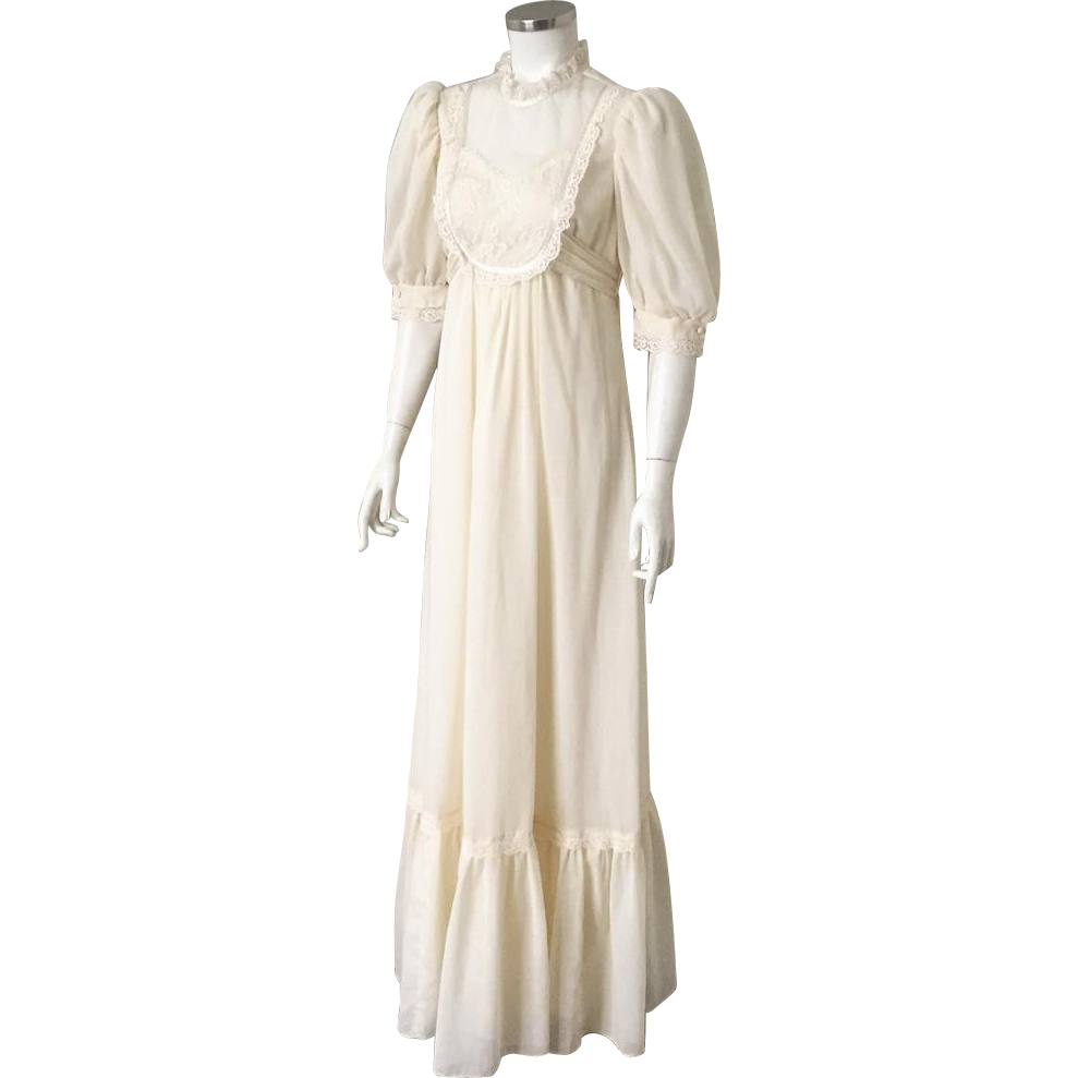 Vintage 1970s Cream Prairie Dress Deep Ruffle Hem Lace Trim S