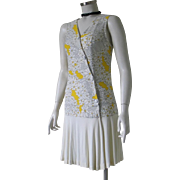Authentic Vintage 1970s Dropped Waist Slinky Mod Dress White Black Yellow Print S