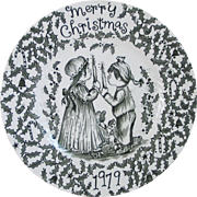Vintage 1979 Royal Crownford Christmas Plate of Children Candles Holly and Candy Canes