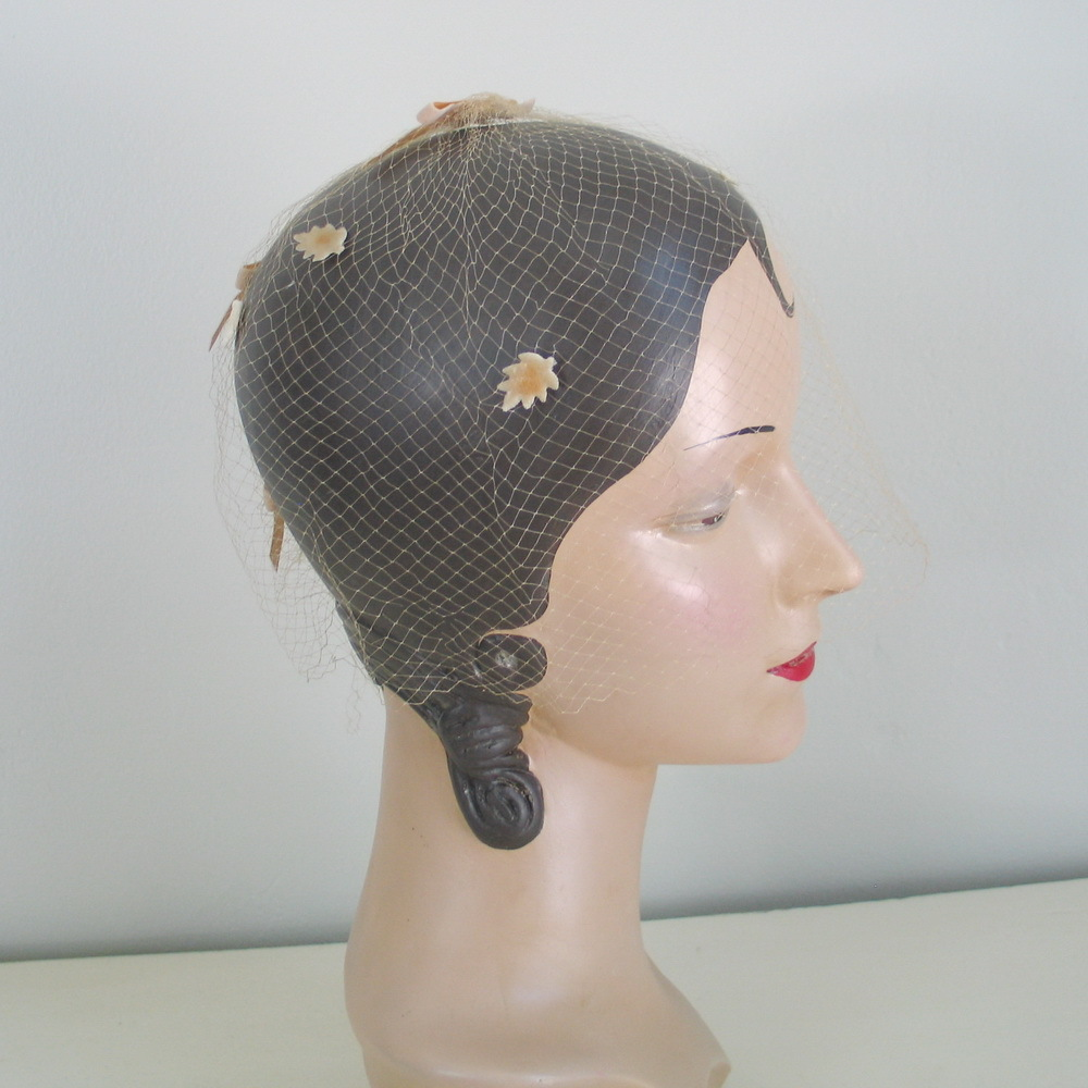 Vintage 1960s Tan Velveteen Leaves Whimsy Veil Hat Fascinator
