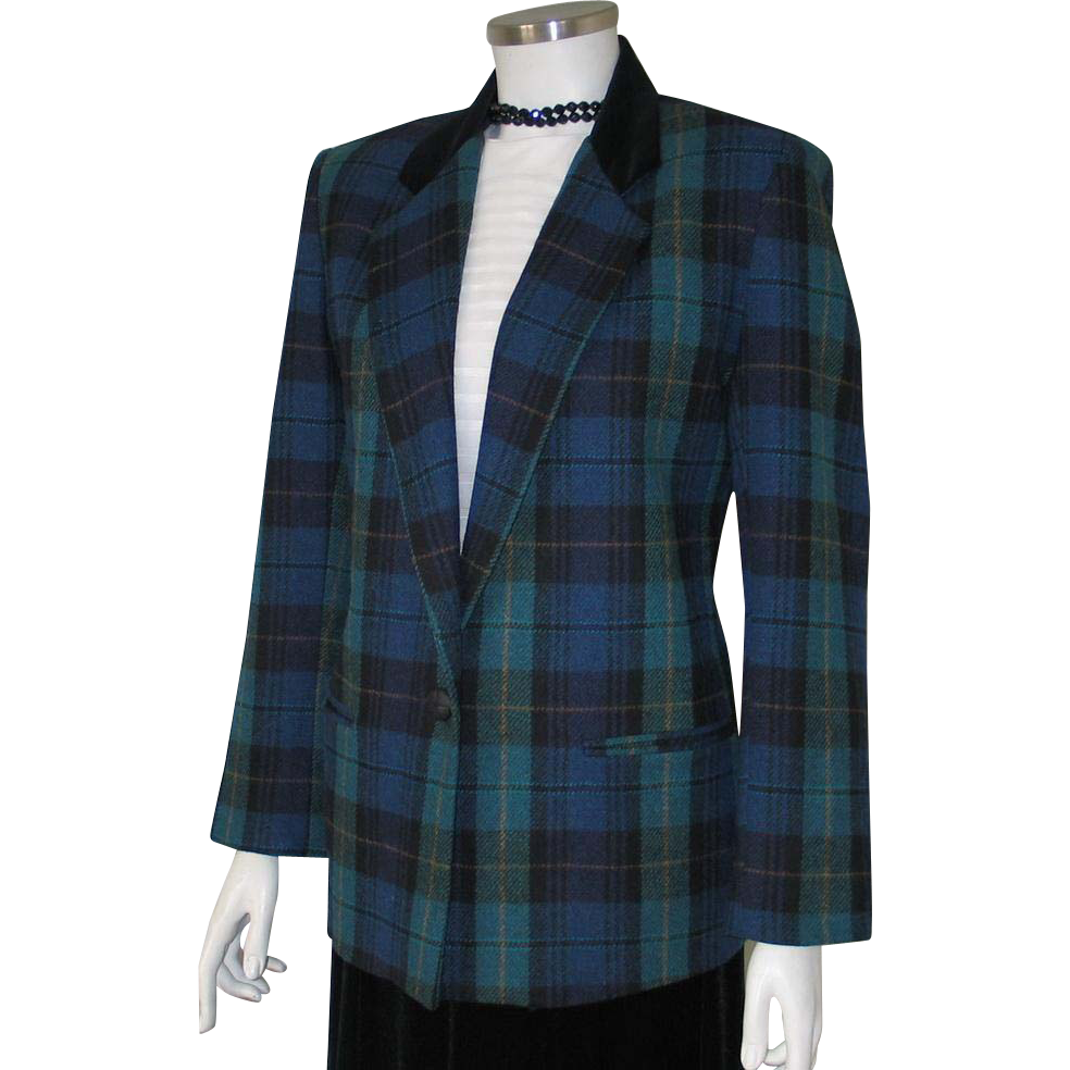 Vintage 1980s Black Watch Plaid Blazer Jacket with Contrast Black Velveteen Equestrian Collar 10