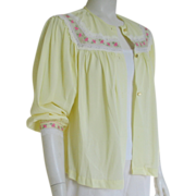 Vintage 1960s Pastel Yellow Bed Jacket with Pink Roses and White Lace