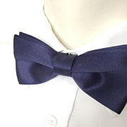 Vintage 1980s Rich Deep Navy Blue Satin Menswear Formal Bow Tie Bowtie