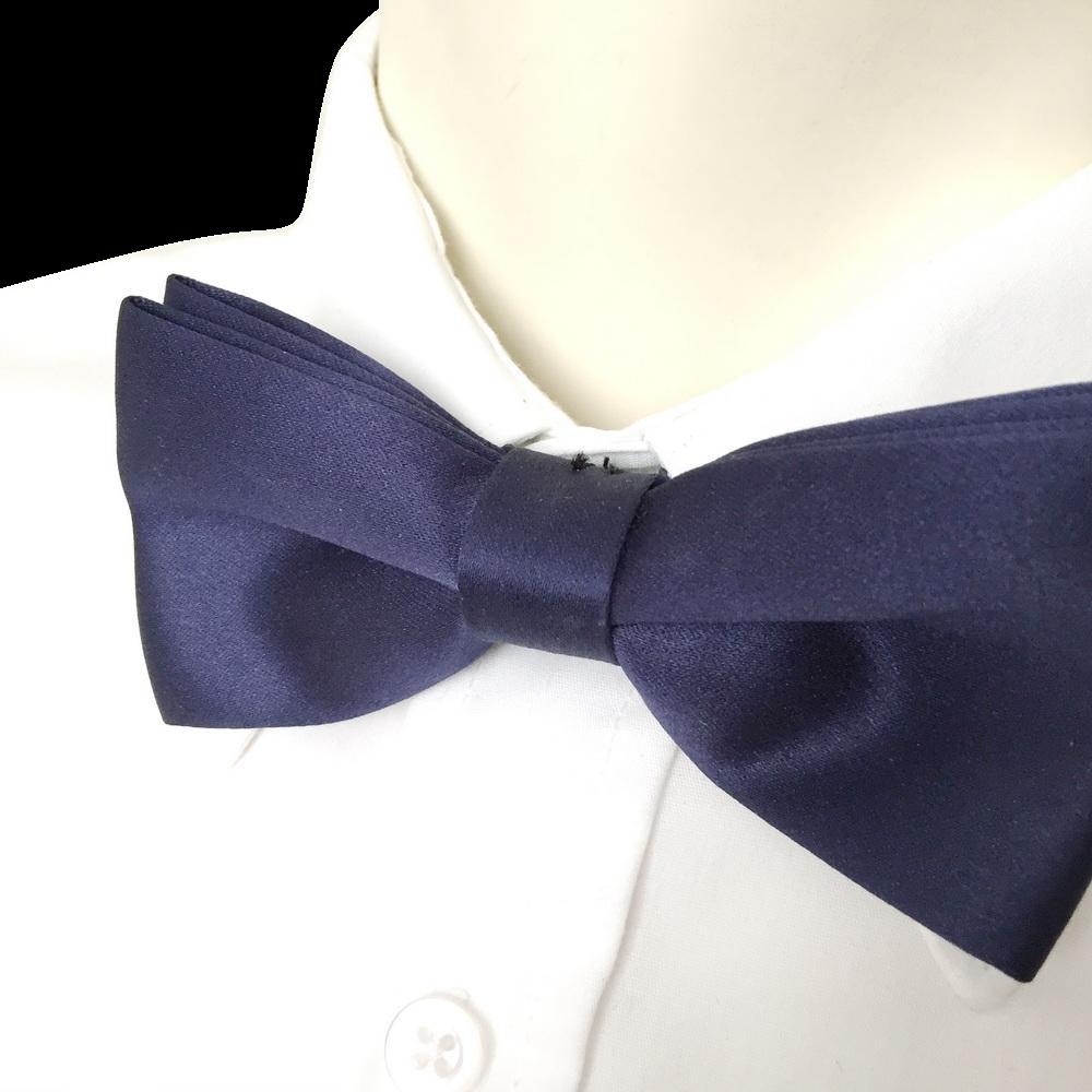 Vintage 1980s Rich Deep Navy Blue Satin Menswear Formal Bow Tie Bowtie