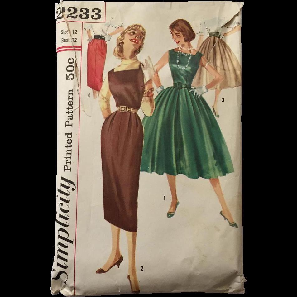 vintage 1950s fit and flare dress skinny jumper full skirt pencil