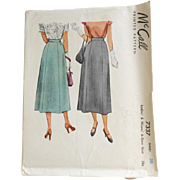Vintage 1947 McCall McCalls Long Princess Seamed 6 Gore Skirt Pattern #7337 Waist 30