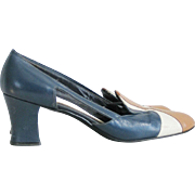 Vintage 1970s Colorblock Shoes Navy Blue Tuscan Gold and White Paradise Kittens
